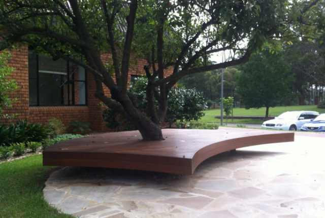 Simple Landscaping Around Trees : Landscape without compromising the natural beauty of greenery